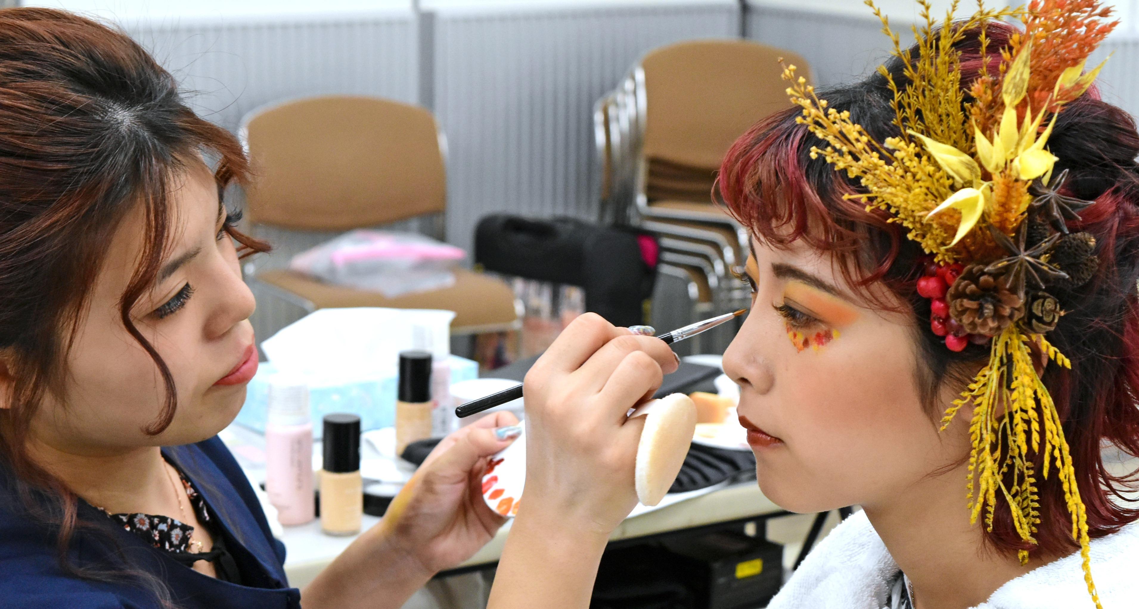美容師免許メイク\u0026ネイルコース